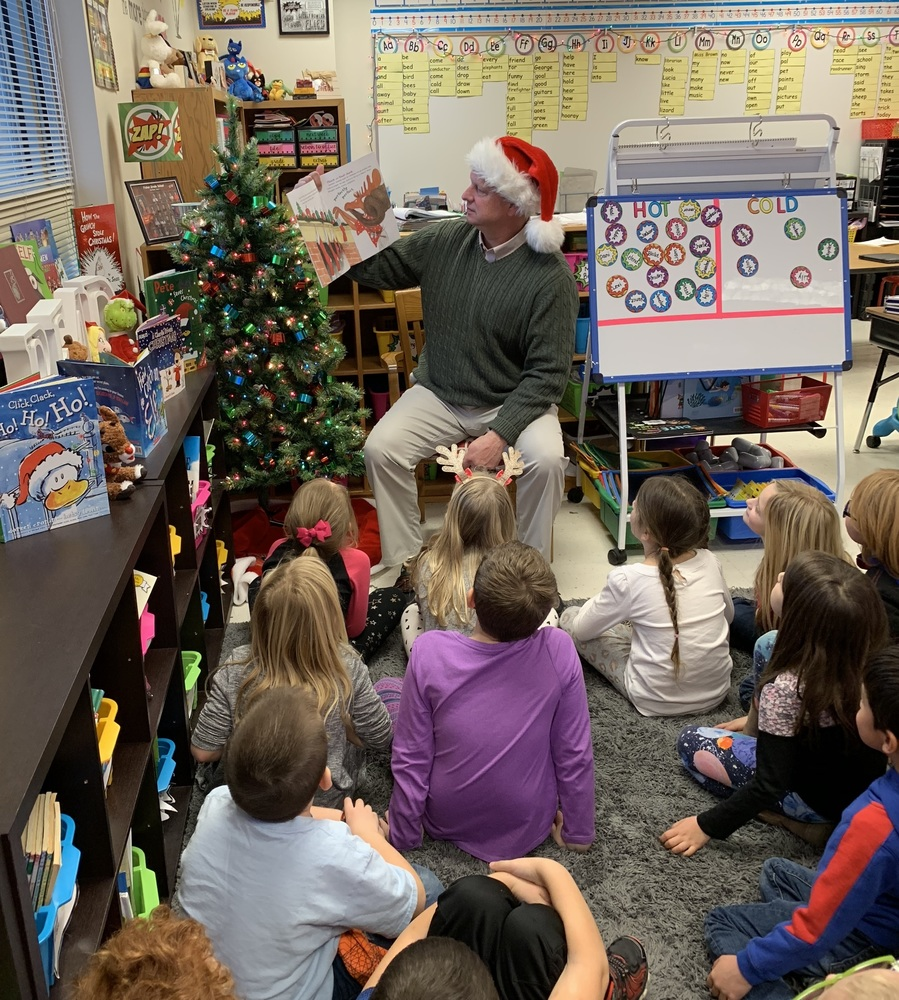 Christmas Mystery Readers in 1B